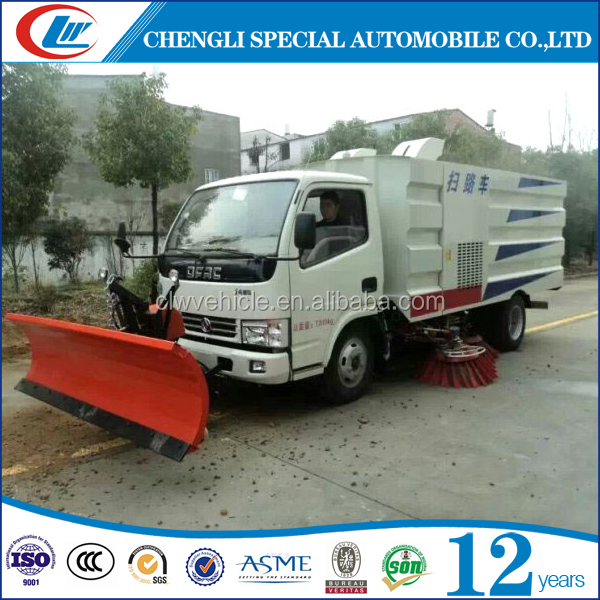 4x2 New superior 5tons 5CBM snow road sweeper truck with snow plow