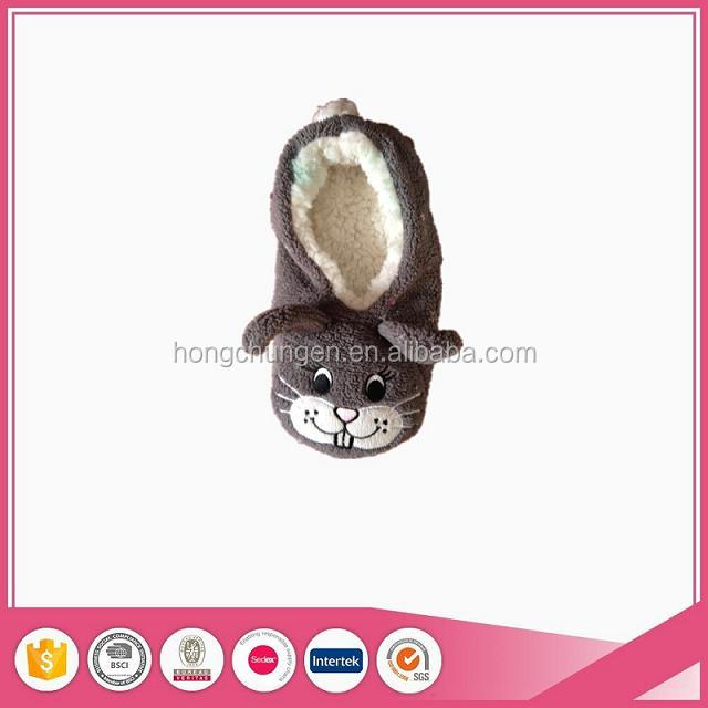 Cute comfort soft sole lady snoozies indoor slippers fashion