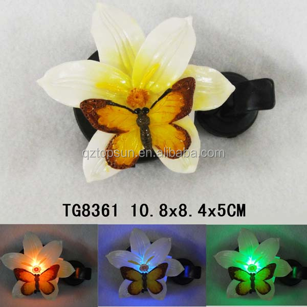 Home decoration polyresin lily flower with butterfly solar window night light