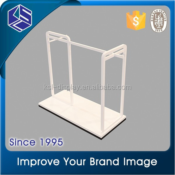 KSL metal rail clothing hanging stand/ wholesale price wooden hanging display shelves