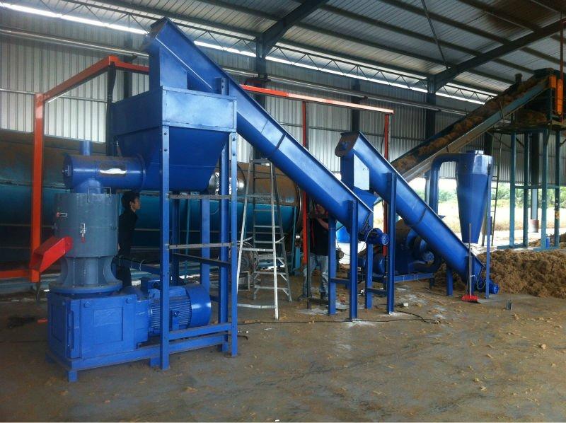 Machine A Granule De Bois - Machineà granulés de bois 1 ton EFB usine de granulés Presse de tourteauà bois ID de produit