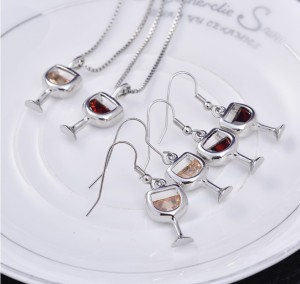 New Design Women's Wholesale zircon Chain Red Wine Glass Pendant Necklace
