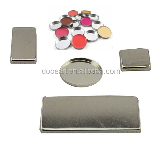 Magnetic empty eyesahdow lipgloss blush powder concealer pans for makeup palette
