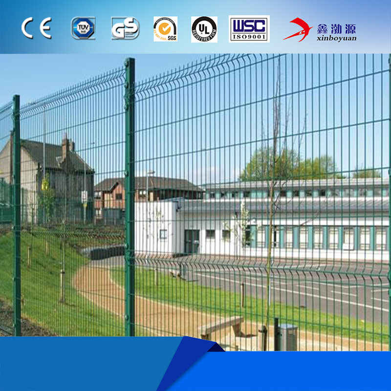 Manufacture green vinyl coated welded wire mesh tennis court fence