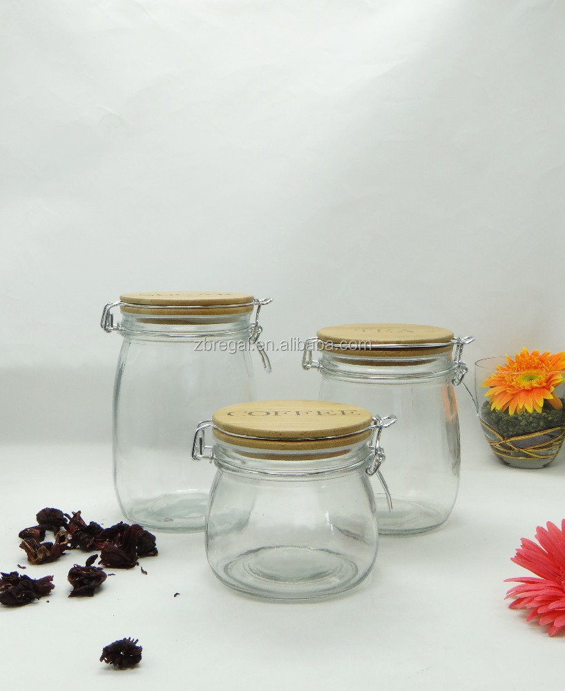 Round Clear Glass Hermetic Storage Jar With Bamboo Wooden locking Lid