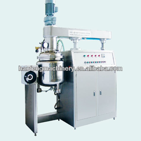 Vacuum mixing machine for making cooling gel patch line