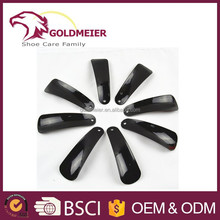 Plastic shoe horn 12 cm black shoe helper plastic shoe horn with customized logo