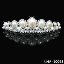 Beauty big bridal tiaras, wedding crowns and veils