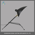 Modern black color E27 socket tripod table lamp for modern office or home lighting