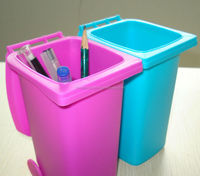 PP Material and Stocked,Eco-Friendly Feature mini dustbin on desk
