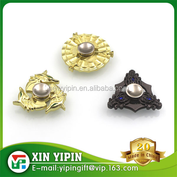 2017 fashion style zinc alloy release stress hand spinner