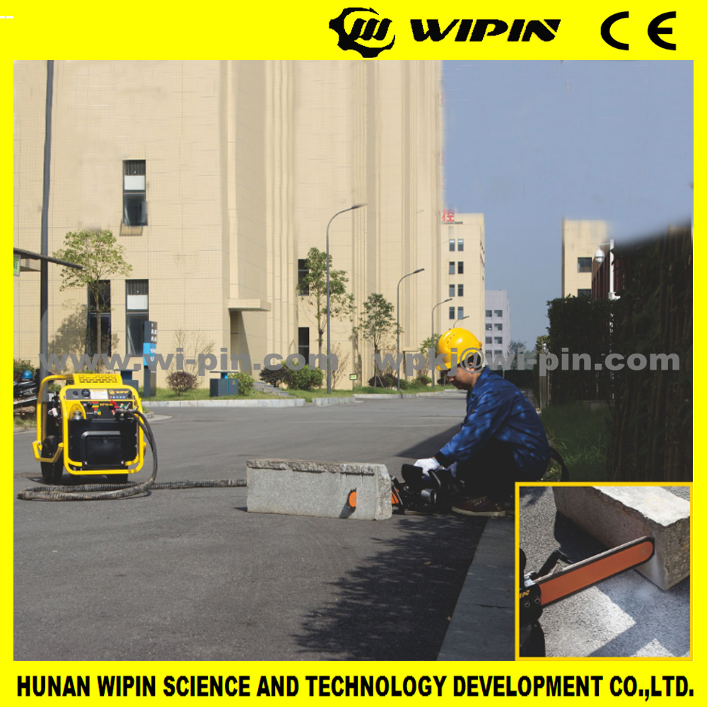 hydraulic chainsaw trencher for handhold tools