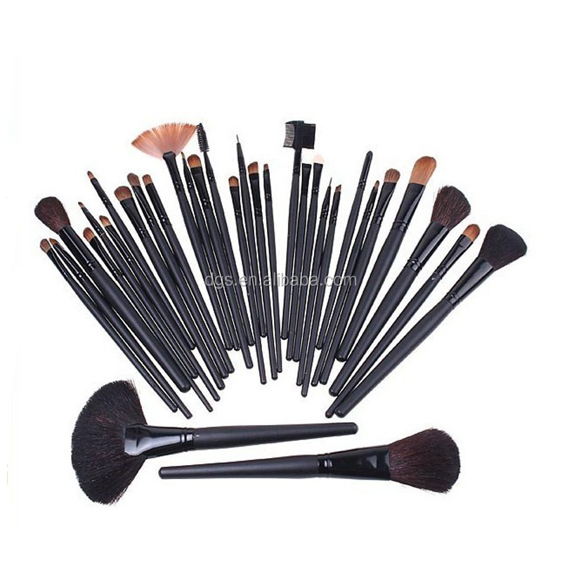 High Quality Black Eyelash Makeup 32pcs/Sets Eyelash Tools Disposable Mascara Wand Brush