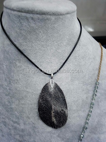 Wholesale Real leaf long necklace copper dipped leaf pendant necklace for Women Men