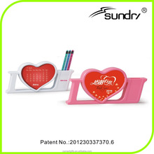 2016 Heart-shaped calendar pen holder, wholesale promotional products calendars