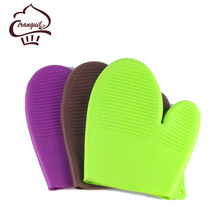 Oven safe insulating gloves kitchenware sets heat resistant silicone cooking oven mit baking BBQ
