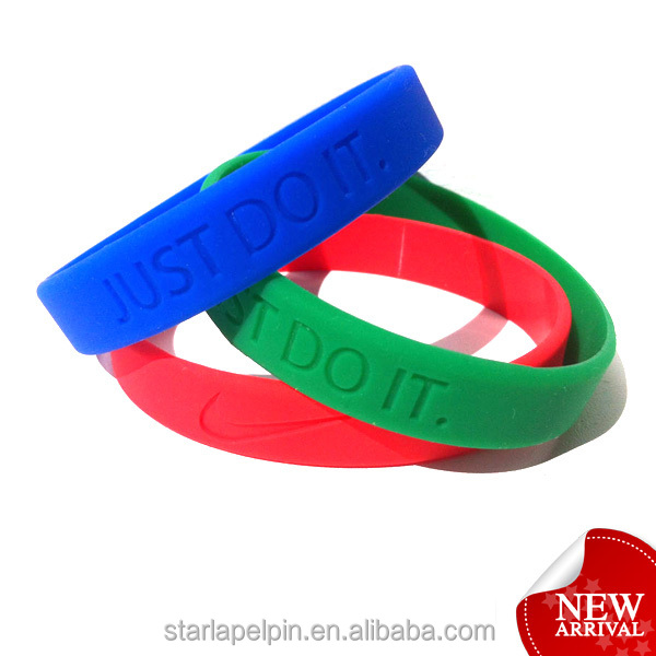 personalized logo silicone just do it cheap brand name engraved bracelets