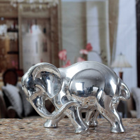 Polyresin silver elephant sculpture decoration
