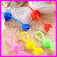 Silicone Heart Shaped Bag Ties Sealer Home Kitchen Food Bag Clips Snacks Sealing Clip, Multi-use USB Cable Winder