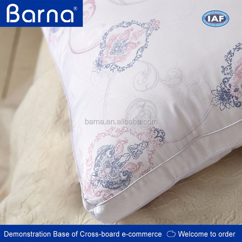 comfort felling fabric cover Custom decorative silk throw pillows, silk pillow for decorative