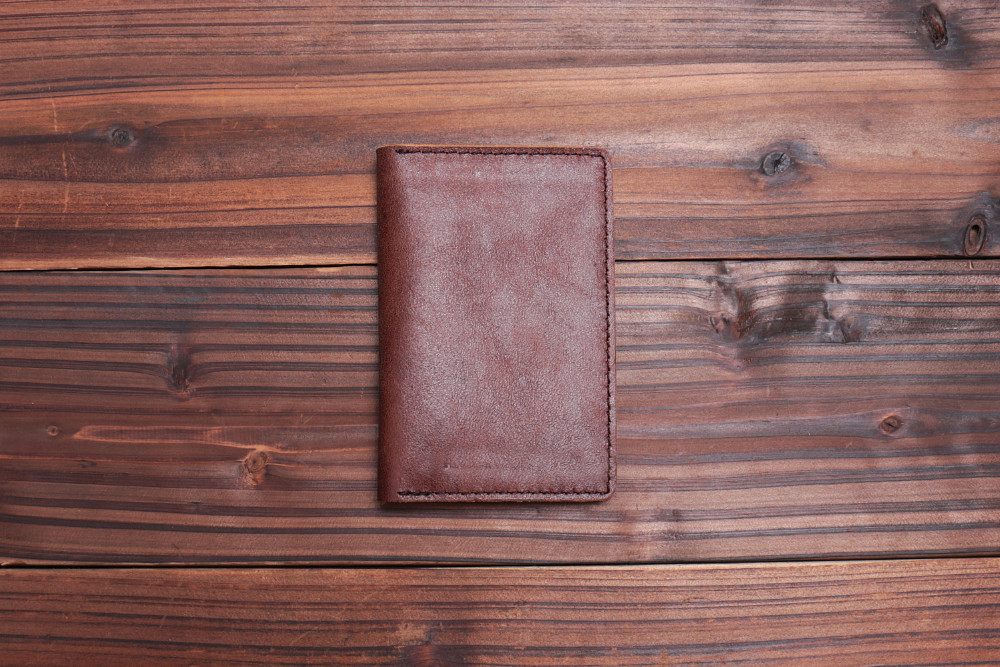 Stylish Italian vegetable tanned leather coin wallet with card slot wallet