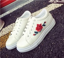 Cheap Flower Embroidery Latest Design Casual Shoes Elegant Shoes for Women