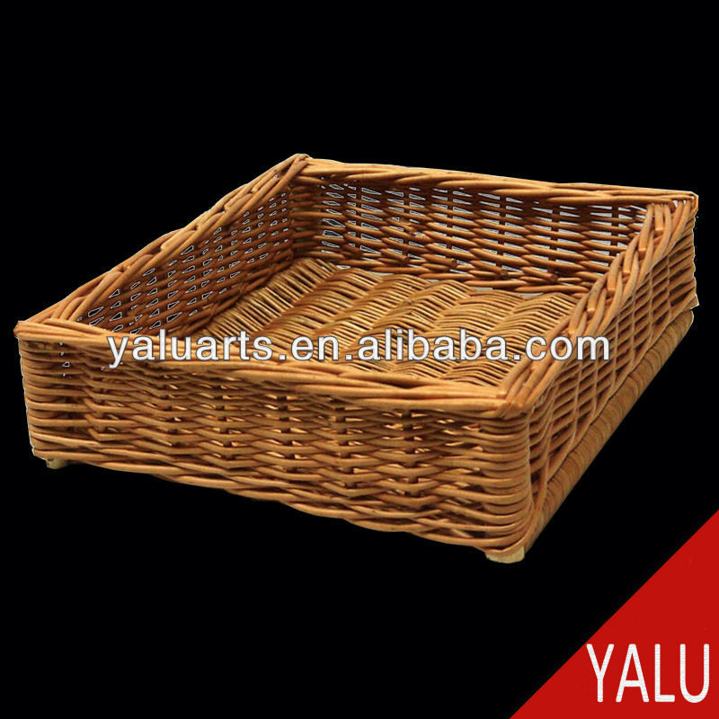 wicker tray for fruit or storarge