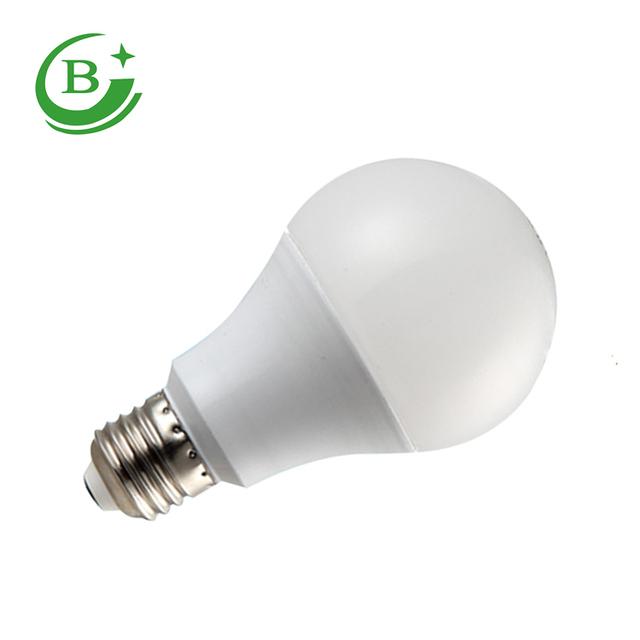 Hot products plastic clad aluminum AC85-265V E27 led bulb lighting