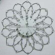 Flower shape wrought iron wall clock with diamonds