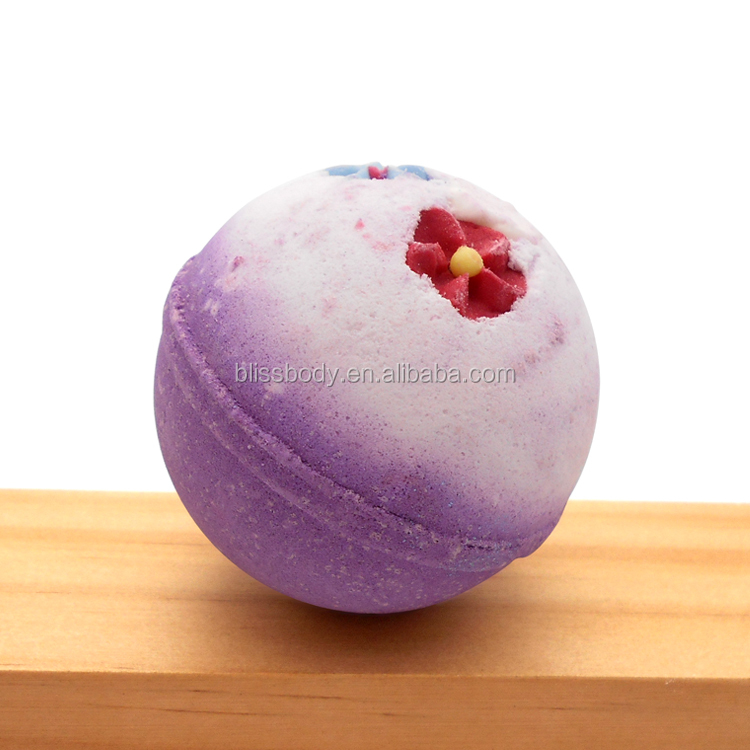 2017 wholesale organic bath bombs with colorful decoration