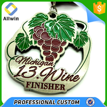 Cut Out Effect Grape Shape Metal Silver Finisher Medal Wholesale