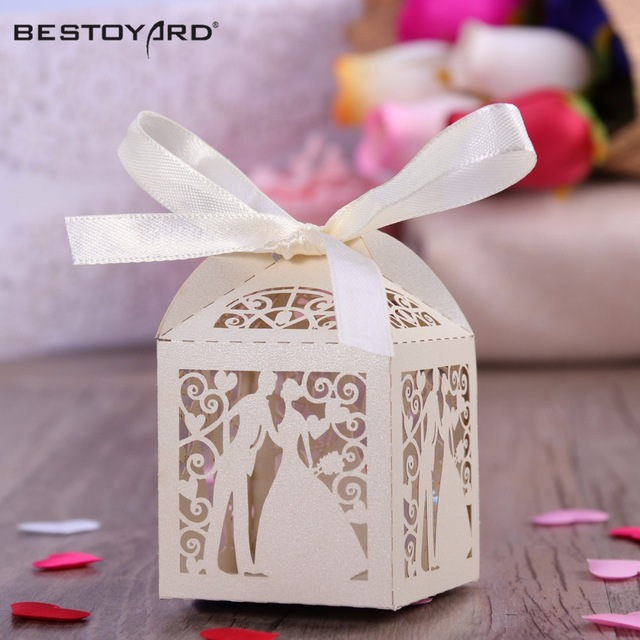 50pcs-Couple-Design-Luxury-Lase-Cut-Wedding-Sweets-Candy-Gift-Favour-Boxes-with-Ribbon-Table-Decorations.jpg_640x640
