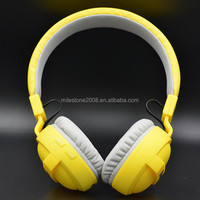 Good Quality Wireless Stereo Bluetooth Headphone in Yellow Color