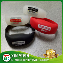 Print custom logo motion LED light rubber wristband silicone bracelet for party