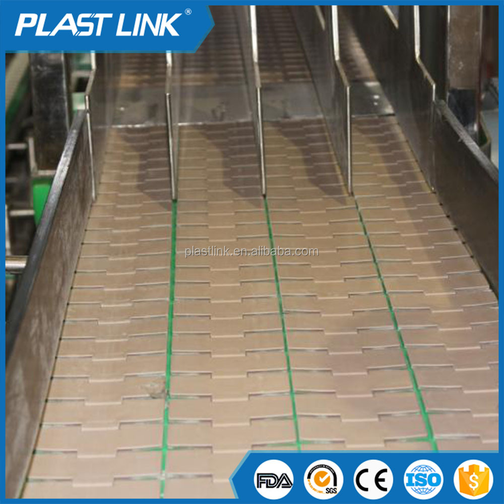 Plast link Durable curve conveyor with wire mesh