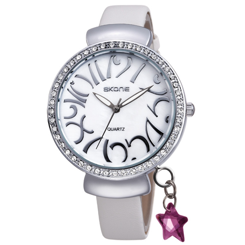 china factory White Colour Leather Strap Diamond Dress Watches Women Cheap Lovely Leather Watch