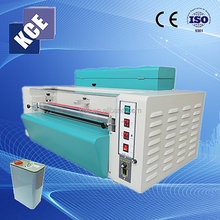 2015 newest digital desktop mini UV liquid laminator/UV coating machine/UV varnish embossing machine for photo protection