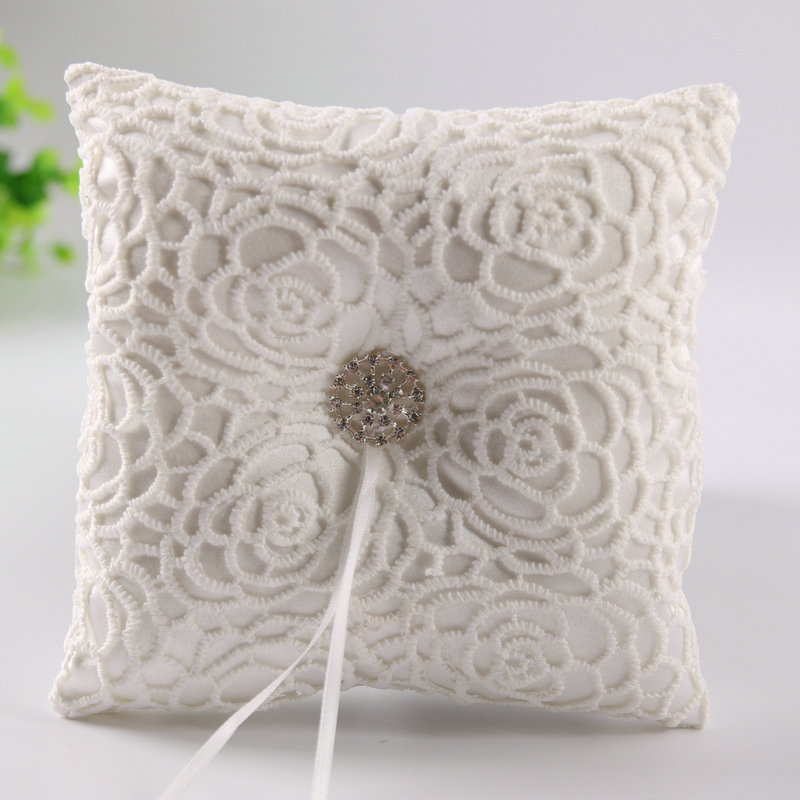 Crystal Jewelry White Lace Satin Wedding Supplies Ring Bearer Pillow