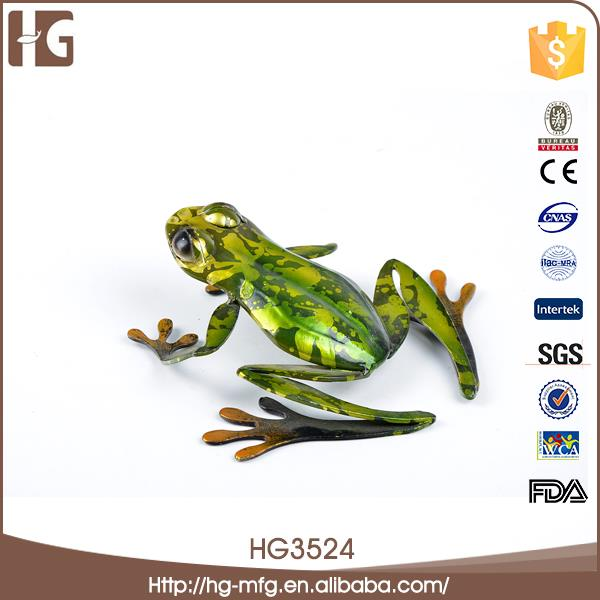 Innovative design metal craft cute frog decoration with low price