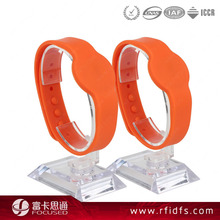 hot sale ntag213 adjustable silicone strap wristband