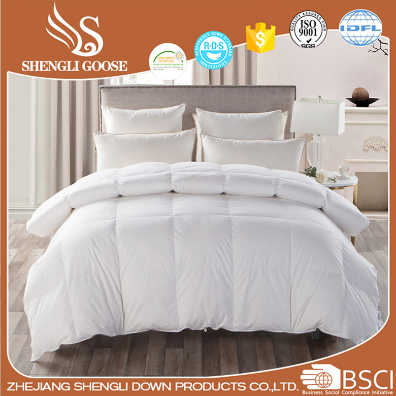 China Supplier Comforter Pure White Goose Down Comforter