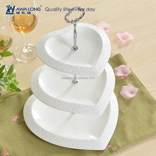 popular white ceramic 3 tier heart shape wedding cake stand / 3 layer cake plate stand