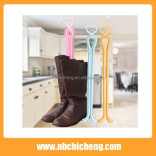 Wholesale Factory long straight plastic boot holder, plastic shoes holder, boot clip