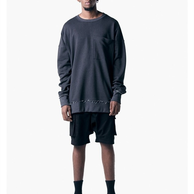 With chest pocket round neck hoodie long shirt man