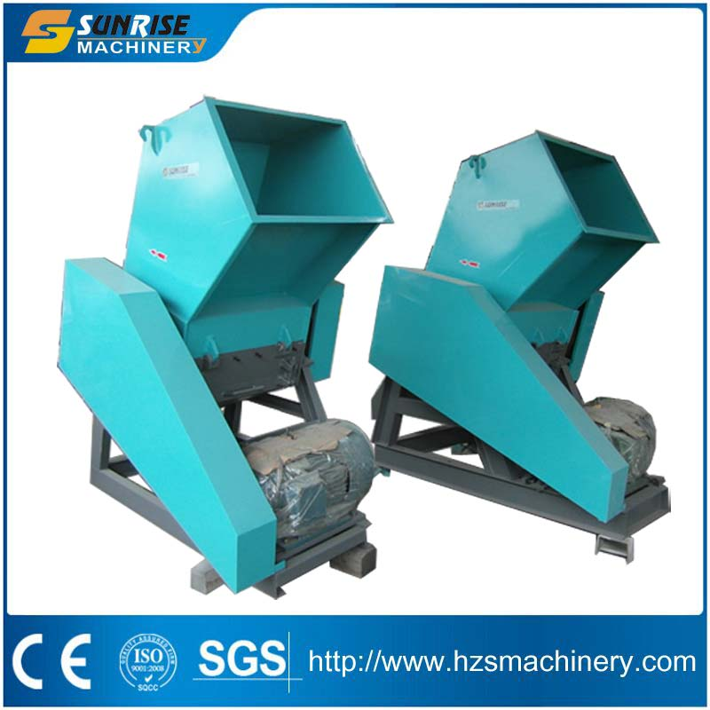 PET bottle crushing machine for waste plastic recycling
