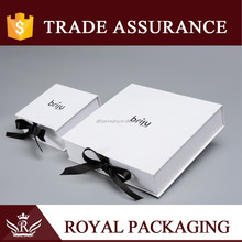 HOT promotional white paper craft jewelry box with customized Logo and black ribbon for ring earrings necklace watch
