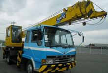 USED MITSUBISHI FUSO FIGHTER CRANE TRUCK / 5TON