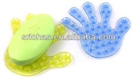 Palm silicone suction cup