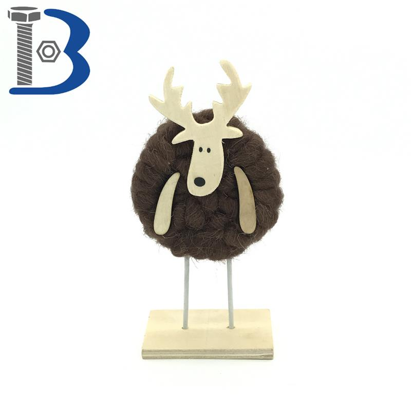 Top sale hotel Decoration Deer Wool wooden ornament
