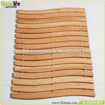 Wooden bath mat foldable from Goodlife